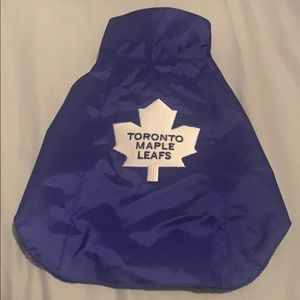 Dog's Toronto Maple Leafs Cape
